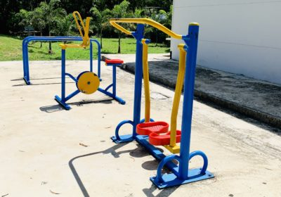 Outdoor excercise equipment at 7-Eleven
